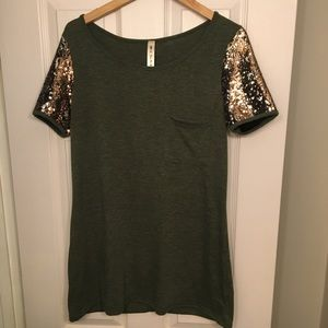 Boutique sequined tunic top